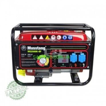 Бензиновый генератор Musstang MG2500K-BF дисплей